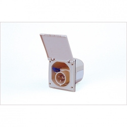 Flush inlet square IP44